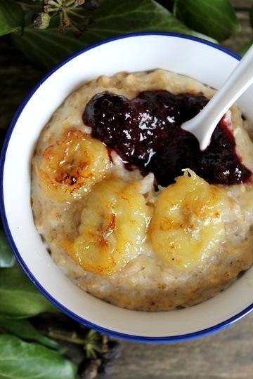 Rezept Bananen-Hafer-Porridge mit Blaubeerpüree