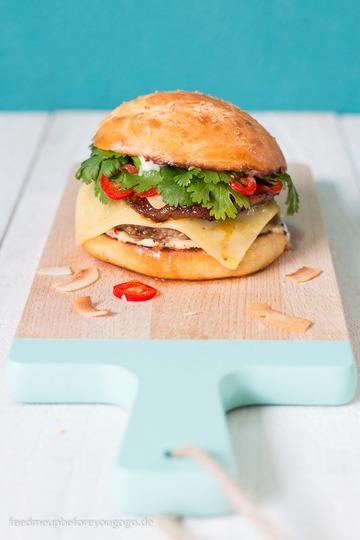 Rezept Big-Hahuna-Burger mit Kokos-Chili-Mayo