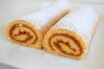 Rezept Biskuitrolle mit Marmelade
