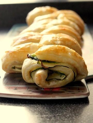 Rezept Blaetterteig-Zucchini Rolle