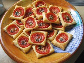 Rezept Blätterteig-Tomaten-Quadrate