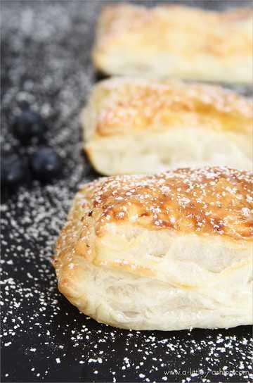 Rezept Blaubeer-Blätterteigtaschen mit Frischkäse