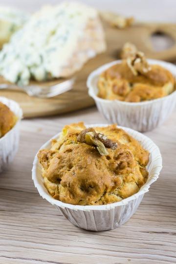 Rezept Blauschimmelkäse-Muffins mit Walnüssen und Äpfeln