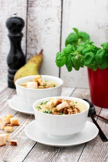 Rezept Blumenkohlsuppe mit Birne und Walnüssen
