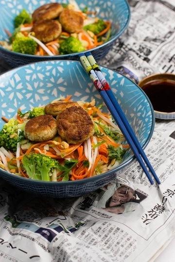 Rezept Bohnenbällchen auf Asia Salat