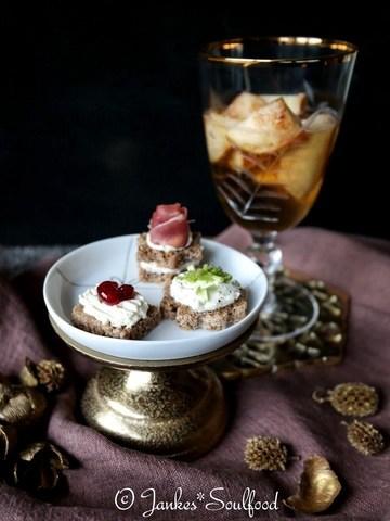 Rezept Bratapfel-Bowle & Brotpralinen
