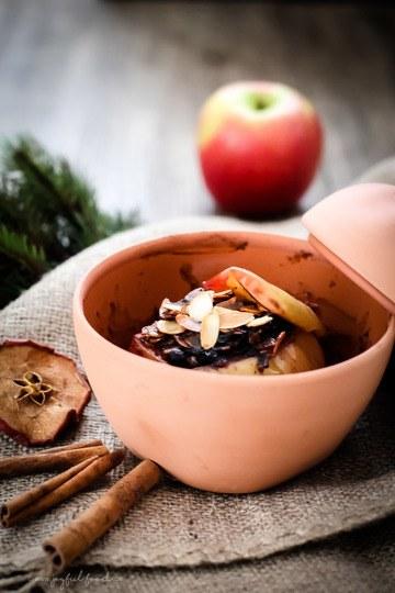 Rezept Bratapfel mit Blaubeeren und gerösteten Mandeln