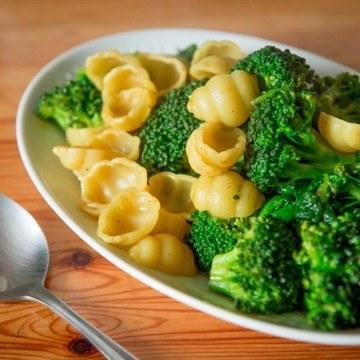 Rezept Brokkoli-Spinat Pfanne mit Pasta