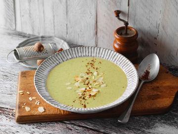 Rezept Brokkolisuppe mit Mandeln