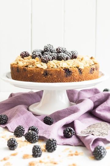 Rezept Brombeer-Upside-Down-Kuchen mit Mandeln