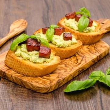 Rezept Bruschetta mit Avocadocreme und Chorizo