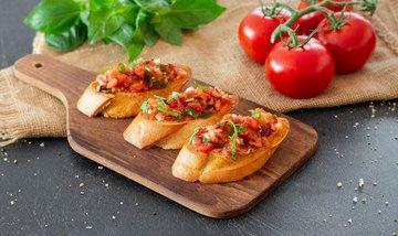Rezept Bruschetta mit Tomaten, Knoblauch und Basilikum