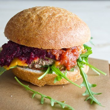 Rezept Burger mit Rote Beete Relish und Homemade Ketchup