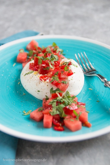 Rezept Burrata mit Wassermelonen-Tomaten-Salsa und Minze