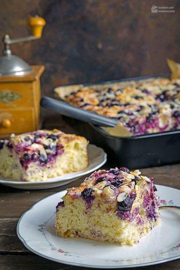 Rezept Butterkuchen mit Blaubeeren & Mandelblättchen