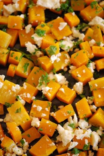 Rezept Butternusskürbis aus dem Ofen mit Honig & Feta