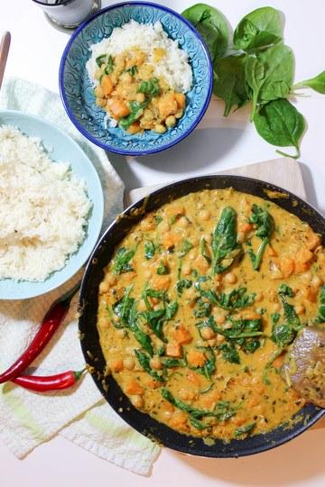 Rezept Butternusskürbis-Curry mit Kichererbsen und Spinat