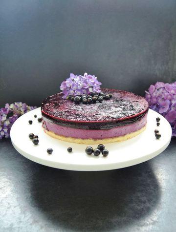 Rezept Cassis Torte mit einem Fruchtspiegel