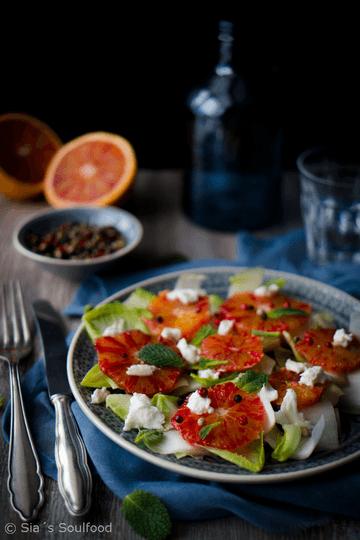 Rezept Chicorée-Salat mit Blutorangen und Mozzarella