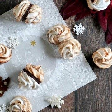 Rezept Choco Cinnamon Swirl Meringues