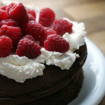 Rezept Chocolate Raspberry Cloud Cake