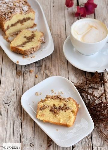 Rezept Coffee Cake mit Crème fraîche und Walnuss-Streuseln