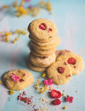 Rezept Cookies mit Orange und getrockneten Erdbeeren - Frühlingskekse