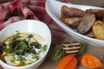 Rezept Country Potatoes mit Kürbiskernschmand