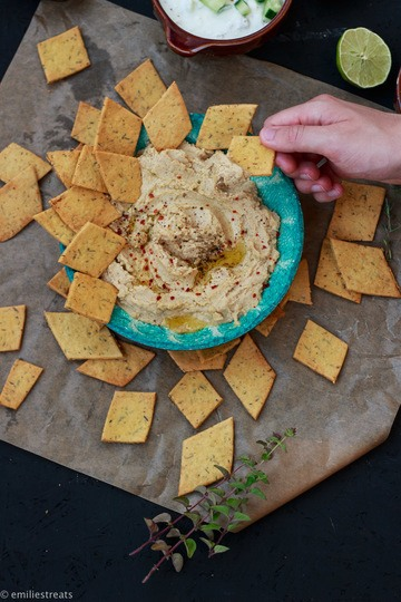 Rezept Cracker aus Kichererbsenmehl mit dreierlei Dips