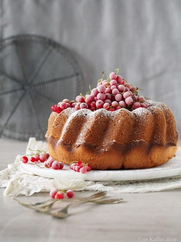 Rezept Crème Fraîche-Gugelhupf mit Vanille