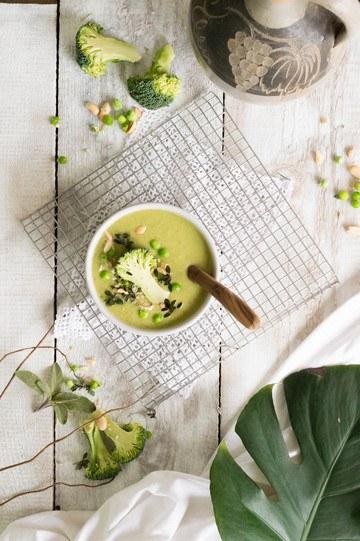 Rezept cremige Suppe mit grünem Gemüse