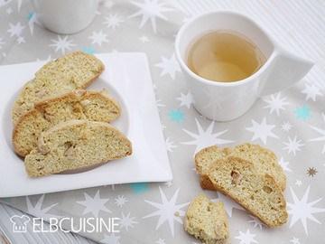 Rezept Die Weihnachtsbäckerei startet mit köstlichen Safran-Biscotti!