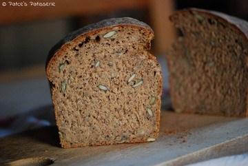 Rezept Dinkel-Roggenbrot mit Buttermilch & Mohn