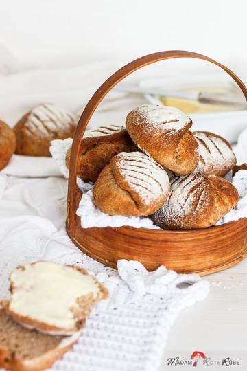 Rezept Dinkelvollkorn-Muschelbrötchen mit Joghurt