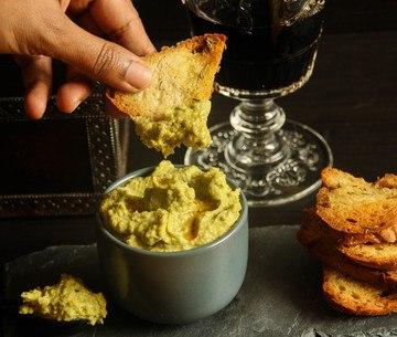 Rezept Dip mit Avocado, Kichererbsen und Sesamöl