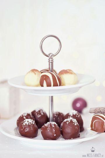 Rezept Dreierlei Milchmädchen-Pralinen zu Weihnachten