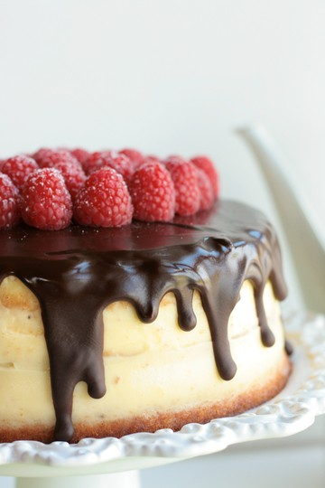 Rezept Dripping-Cake á la Donauwelle mit Himbeeren