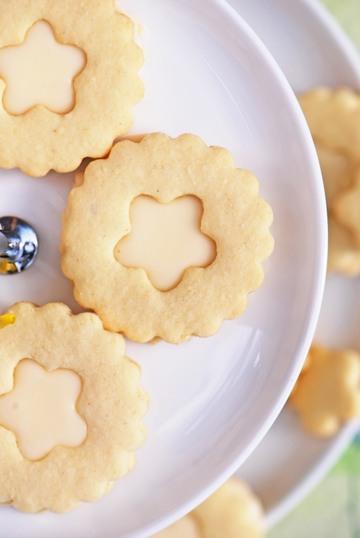 Rezept Eierlikör-Blüten-Kekse
