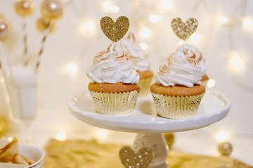 Rezept EIN GOLDENER SWEET TABLE FÜR DIE SILVESTER PARTY