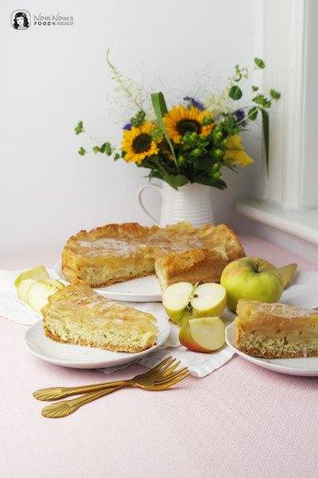 Rezept Einfacher Apfel-Zimt-Kuchen mit Biskuitteig