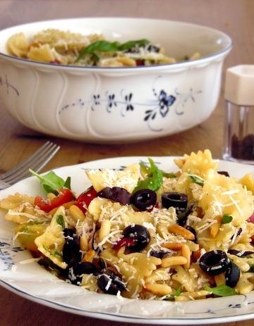 Rezept Einfacher Nudelsalat mediterraner Art