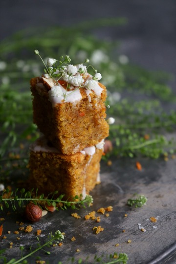 Rezept Einfacher & saftiger Möhrenkuchen aus der Auflaufform
