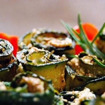 Rezept Eingelegte Zucchini - Feta - Röllchen