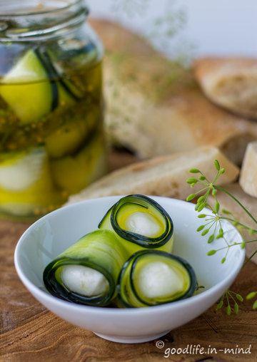 Rezept Eingelegte Zucchini mit Mozzarellakugeln