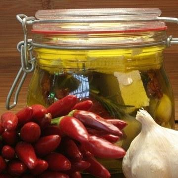 Rezept Eingelegter Schafskäse mit Tomaten