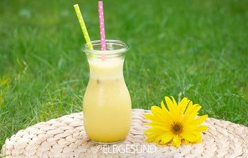 Rezept Eis-Shake der besonderen Art – Goldene Milch lässt den Sommer ausklingen!