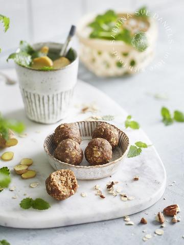Rezept Energy Balls-ayurvedischer Powersnack, vegan, ohne Zucker und mit viel Protein