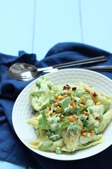 Rezept Erbsen-Pasta mit Feta und Pinienkernen