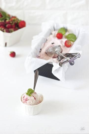 Rezept Erdbeer Basilikum Pfeffer Eis