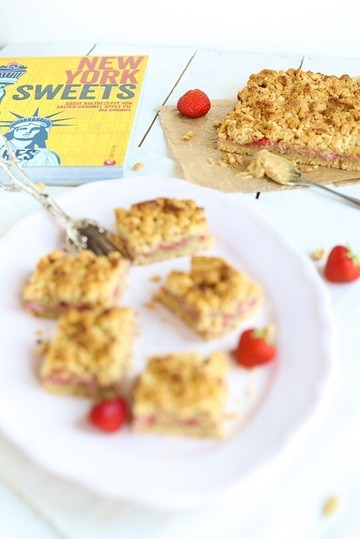 Rezept Erdbeer-Erdnuss-Schnitten